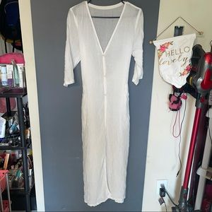 WHITE SWIMSUIT COVER Or dress SIZE SMALL